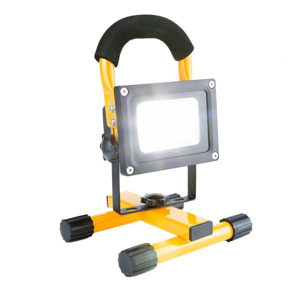 10w Led Portable Rechargeable Flood Light With Bracket In